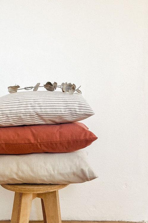 Almohadón simple cama