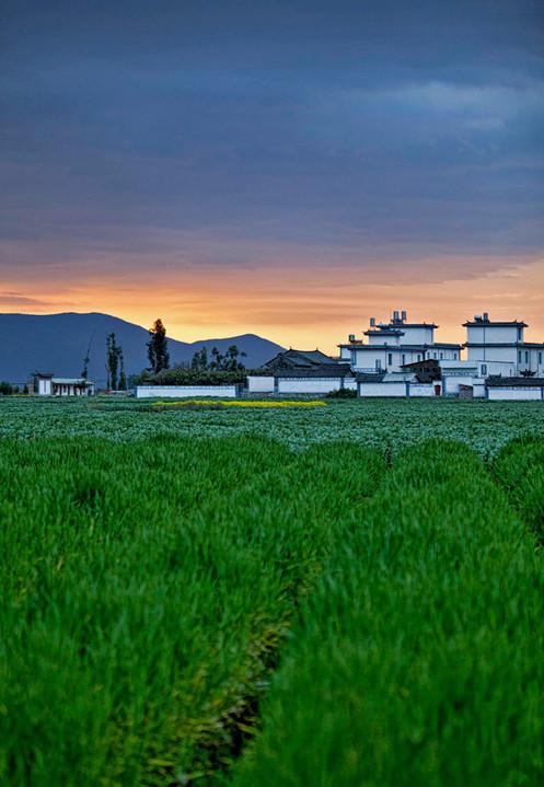 Sunrise;  Xizchou,China