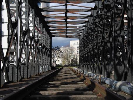 Photos : la petite ceinture, la voie de chemin de fer abandonnée de Paris