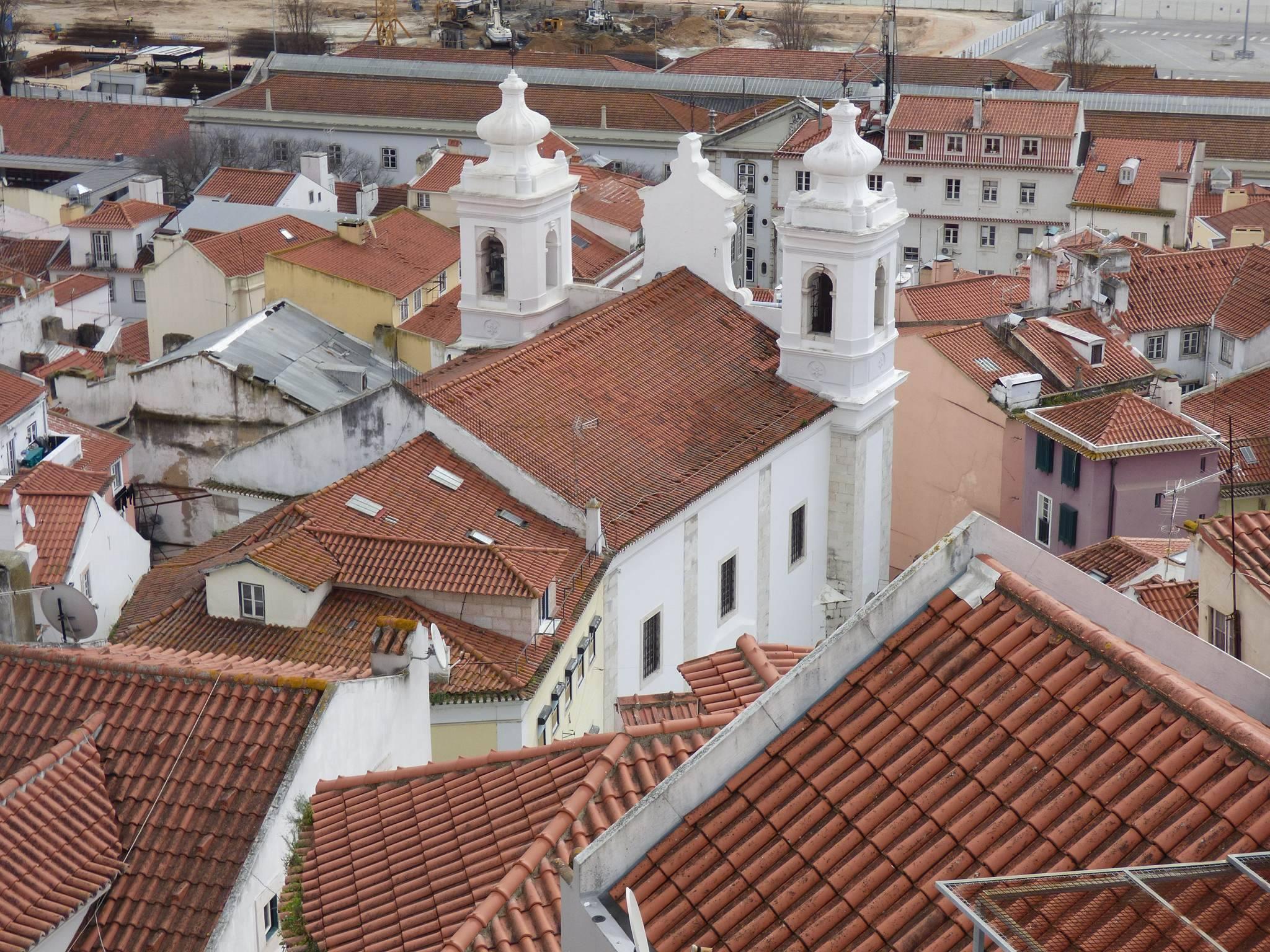 Les maisons blanches de l'Alfama
