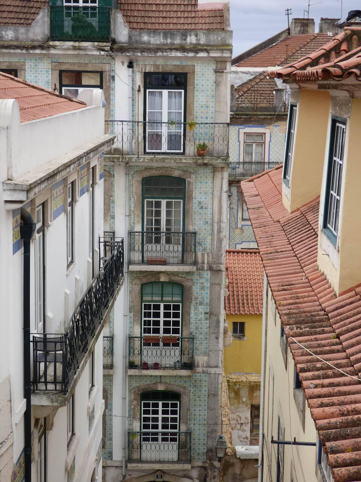 Les azulejos tapissent les maisons