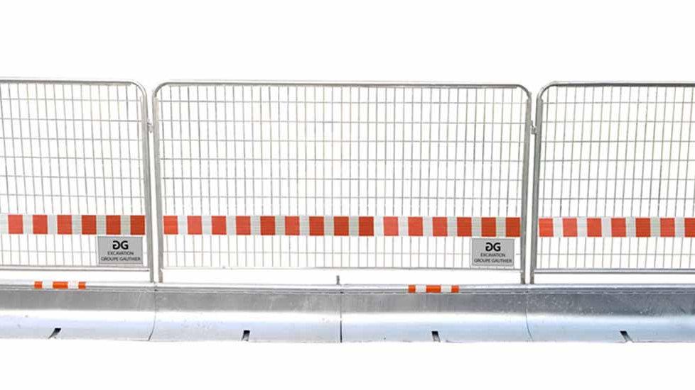 Miniguard - Galvanized Steel Guardrail with fence