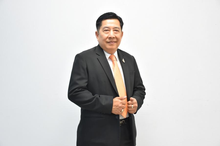 ดร.ถานันดร์ วัชโรทยางกูร ประธานกรรมการบริหาร บริษัท ฟอร์ซ อินเตอร์เนชั่นแนล จำกัด