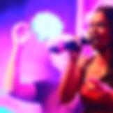 Sängerin mit DJ auf Fimenfeiern und Weihnachtsfeiern buchen. Ihr Top-DJ für alle Events und Veranstaltungen sowie Betriebsfeste und Jubiläen.