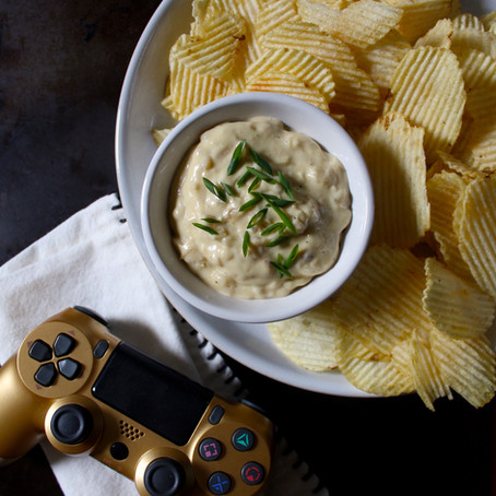 Onion chips dip