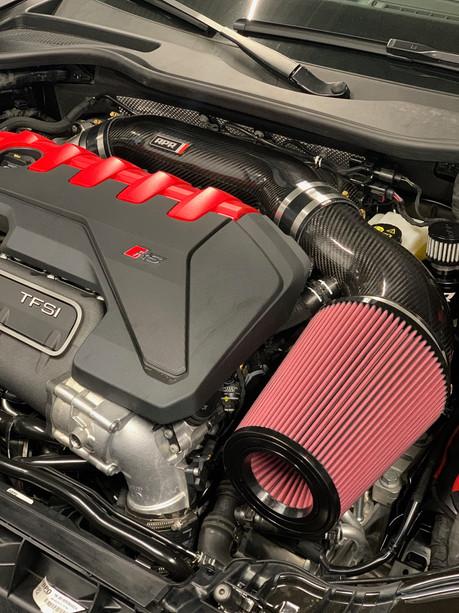 Audi TTRS 8S