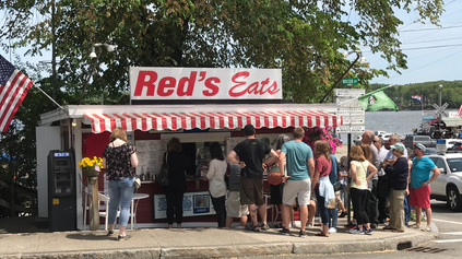Food Favorites: The Maine Lobster Roll