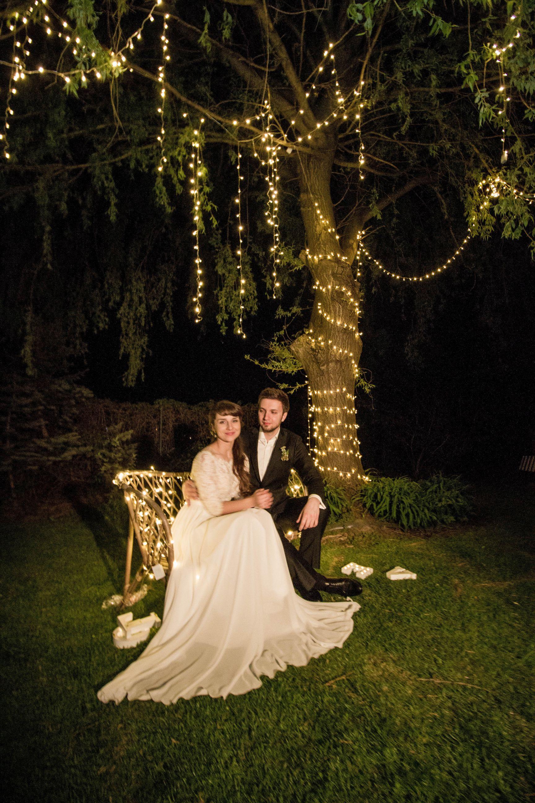 oświetlenie ślubu