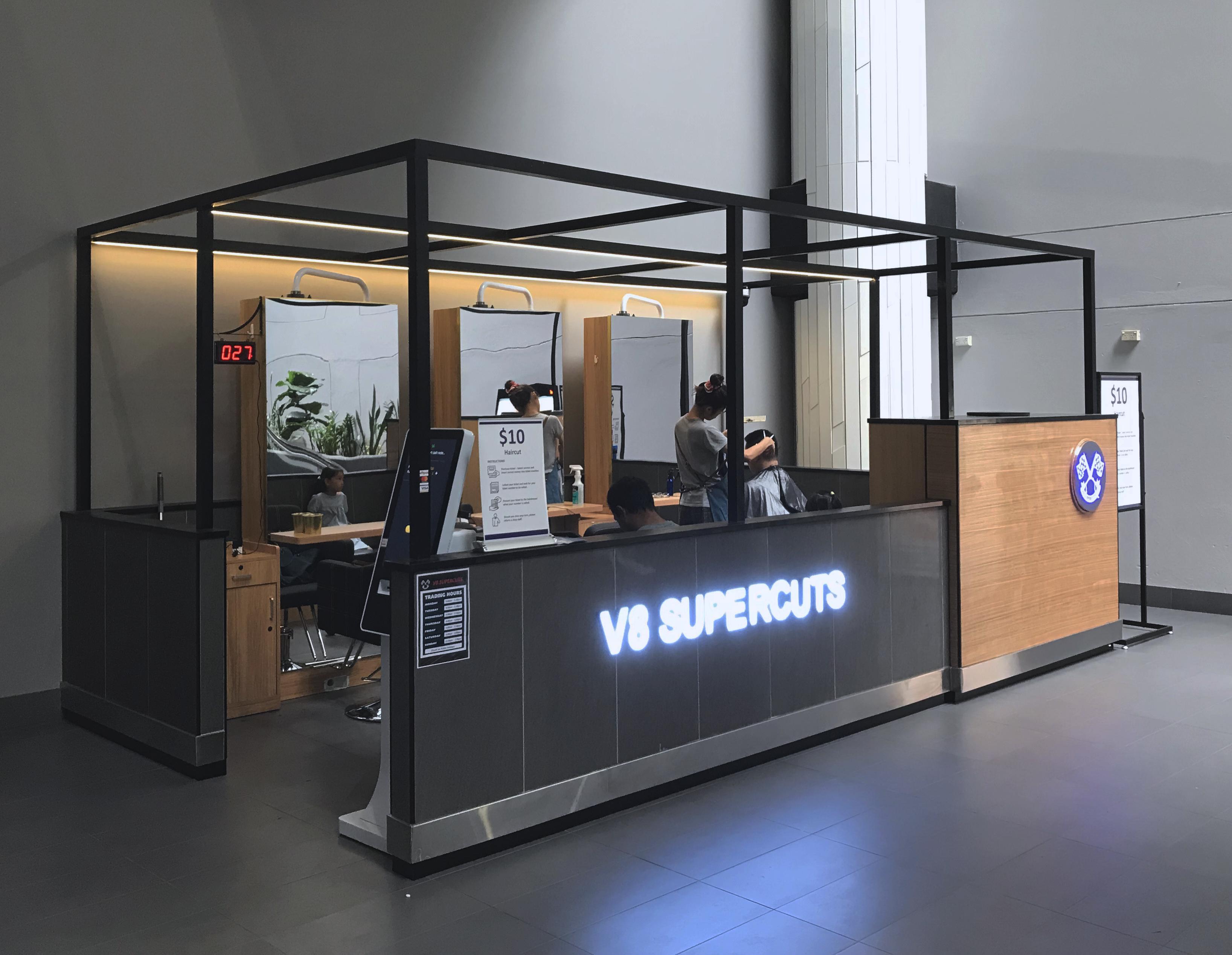 V8 SUPERCUT KIOSK