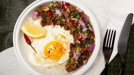 LOLAS  SISIG RICE BOWL  4382.jpg