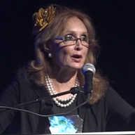 אורחת הכבוד באירוע המרכזי  לרגל שנת ה-70 באודיטוריום חיפה- מוניקה לוין