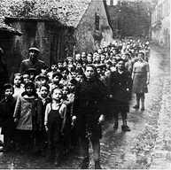 ילדי המוסד לינדנפלס  ביום טיול