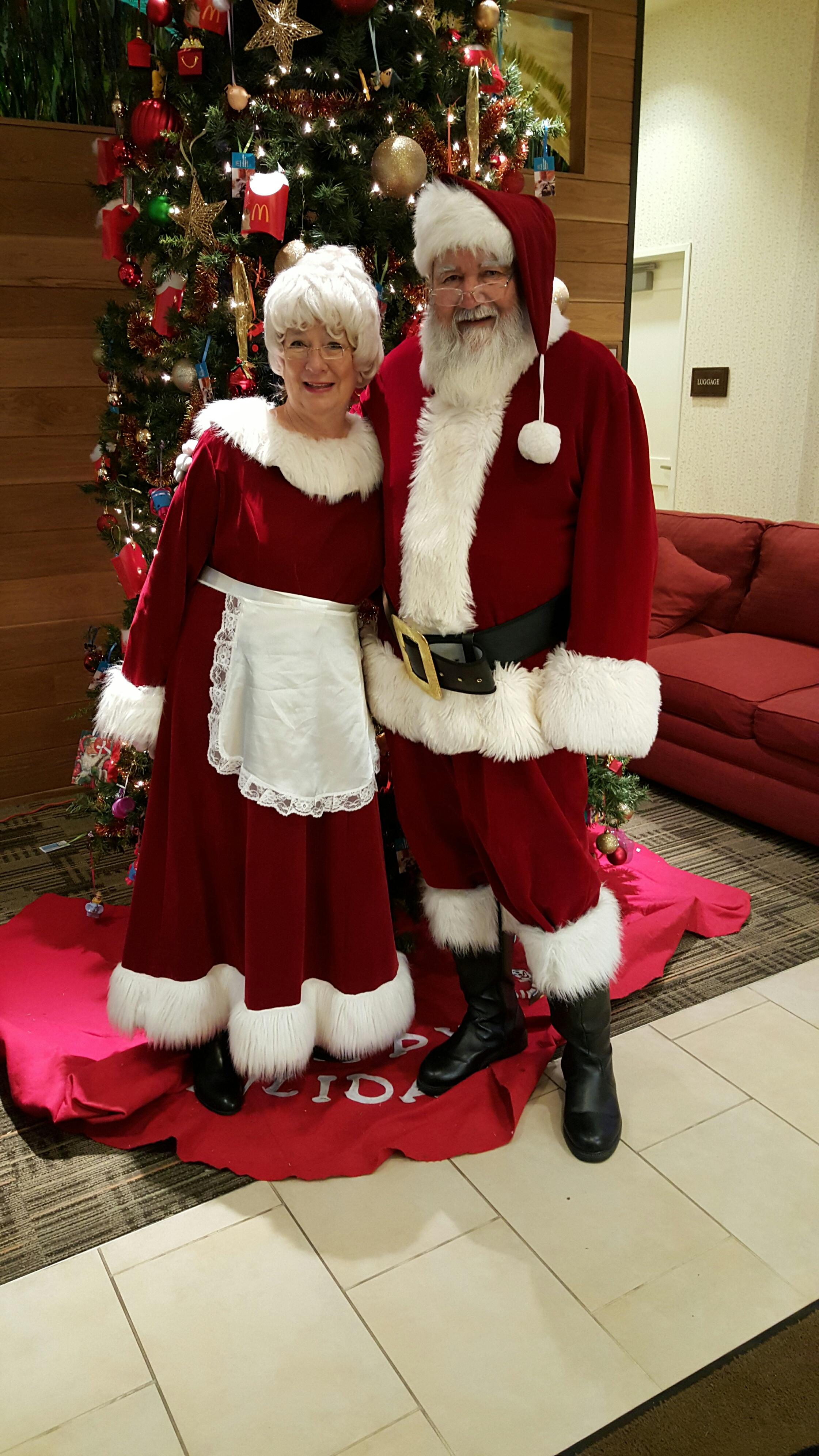 Mrs Santa & Santa Chip