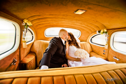 Wedding_Vintage_car_Shot__©2016_John_Parsons_Photography