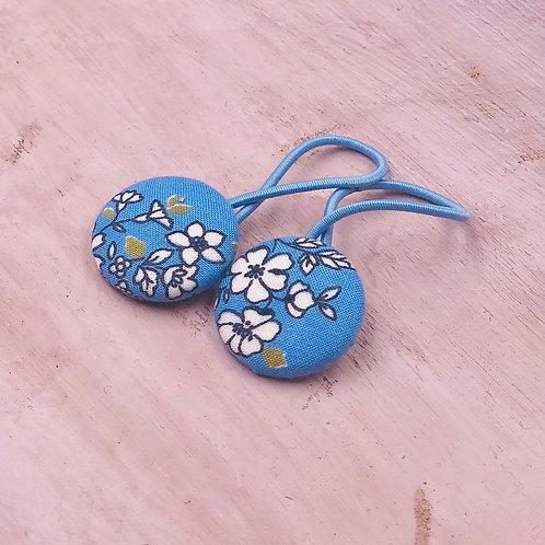 Kurumibotan Haargummis Blau-Weißblumen