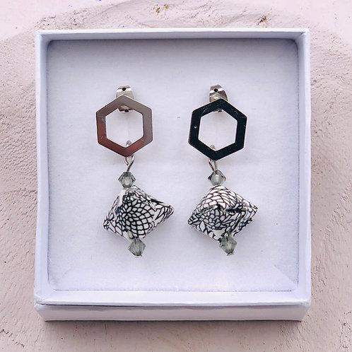 Origami Ohrringe Geometrisch Kiku mit Swarovski Perlen