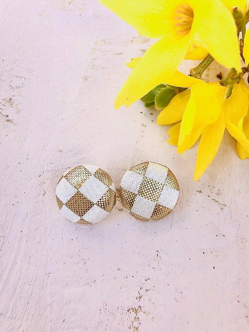 Kurumibotan-Ohrringe Gold+Weiß