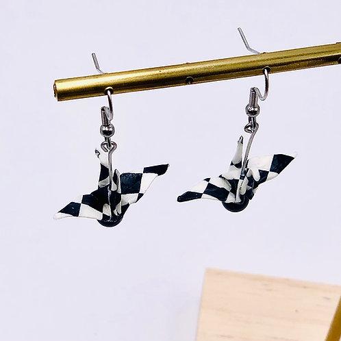 Origamiscmuck Ohrringe Kranich Caro mit Swarovski Perlen