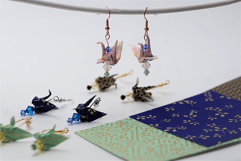 Origami Ohrringe Kranich Sakura rosa Blau mit Swarovski Grasperlen