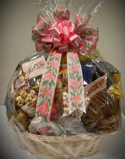 Sweet, Salty and Fruity Gift Basket