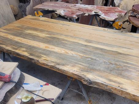 NC Smokeydrive Pine Dining Table+Bench