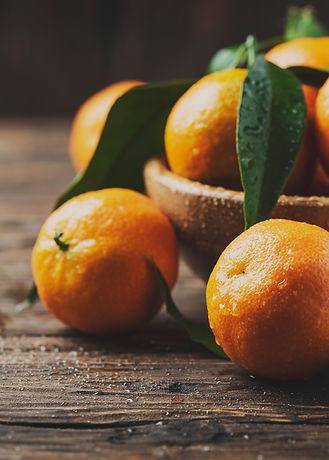 fresh-sweet-mandarins-6ESN9FP.jpg