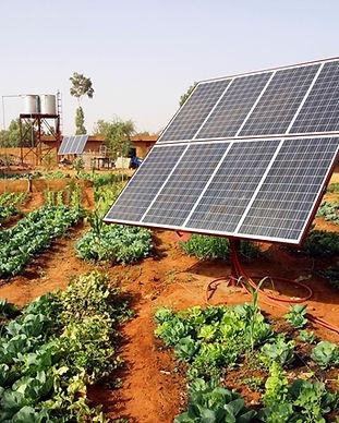 1-painel-solar-horta.jpg