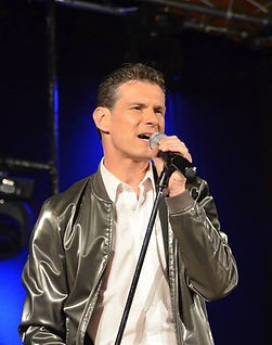 concert_chanteur_pop_FrederickArno.j.JPG