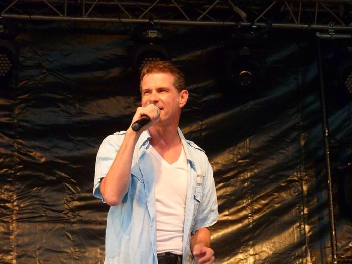 chanteur_pop_Frederick Arno concert.jpg