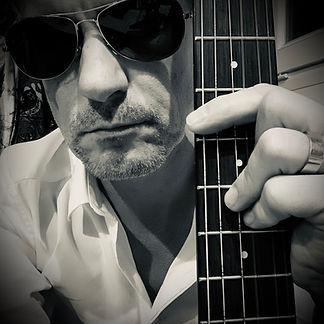guitare_chanteur_pop_FrederickArno_poprock