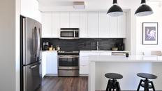 Kitchen Cabinet Refinishing & Installation