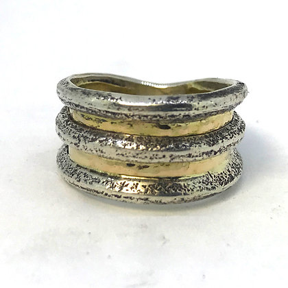 Two Tone Wide Band