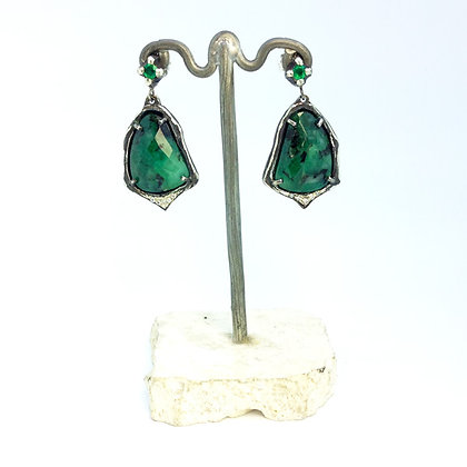 Emerald and oxidized silver earrings