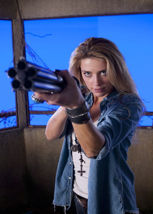 Amber Heard as Piper