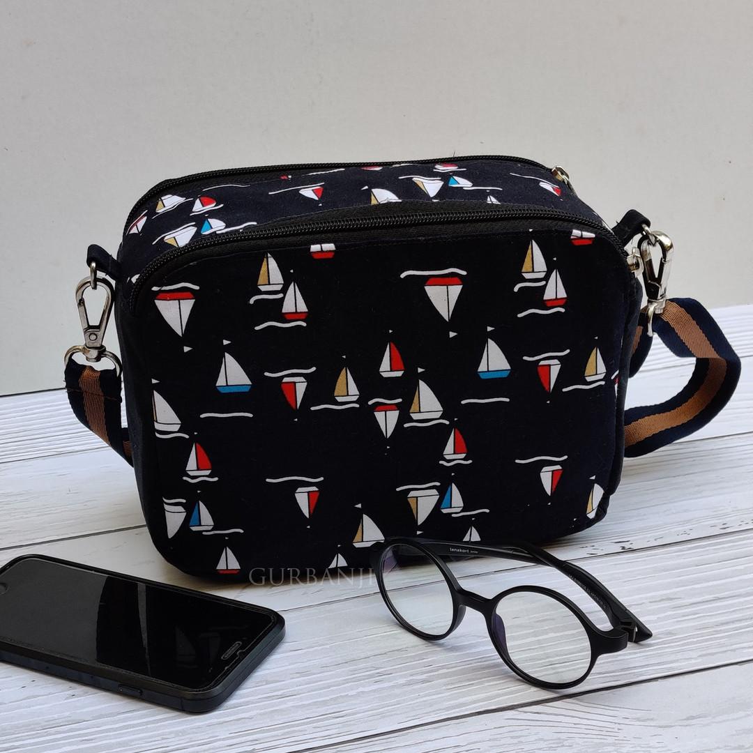Squared : Crossbody Bag