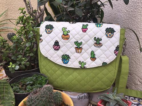 Go Green: Crossbody Bag
