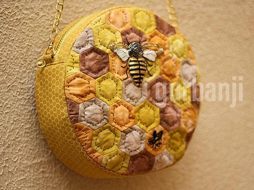 Queen Bee : Shoulder Bag