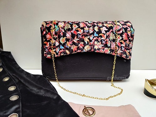 Classic Black quilted bag