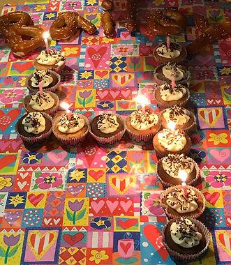 cupcakes_4shape.jpg