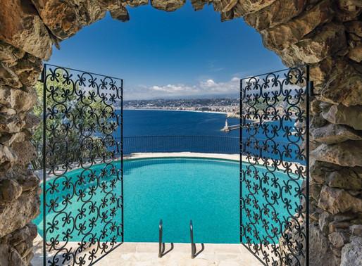 Se vende la que fuera la casa de lujo y Bond de Sean Connery en la Costa Azul.