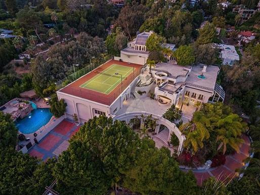 Venden en 30 millones de dólares el famoso palacio morado en el que vivió Prince
