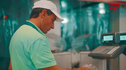 Cliente: Carnes Aigua  Producción audiovisual: 24 Milímetros
