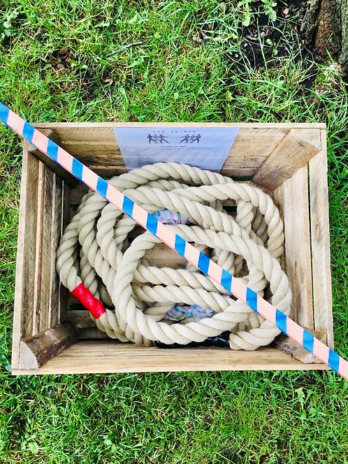 TUG OF WAR IN WOODEN CRATE