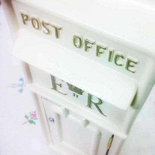 IVORY ROYAL MAIL POST BOX