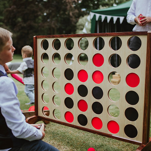 GIANT WOODEN CONNECT 4