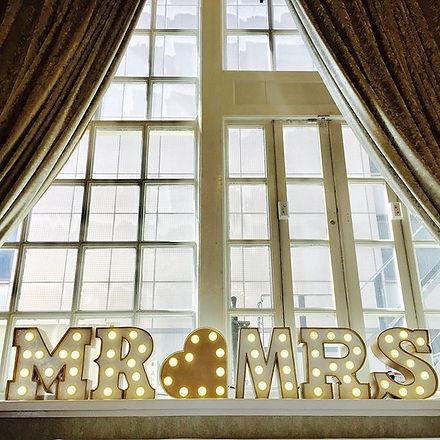 giant illuminated letters, wedding lights hire, leeds neon weddings