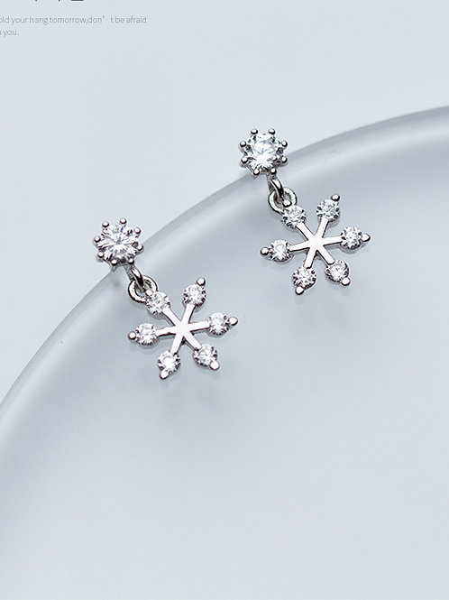 Christmas jewellery Small Sterling Silver with snowflake cubic zircon studs