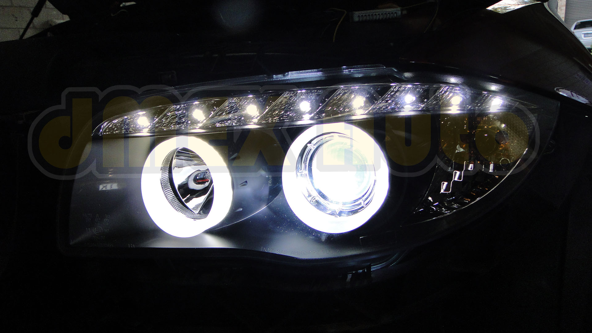 Headlight - BMW E87 1 Series - DSC09591 (Small)
