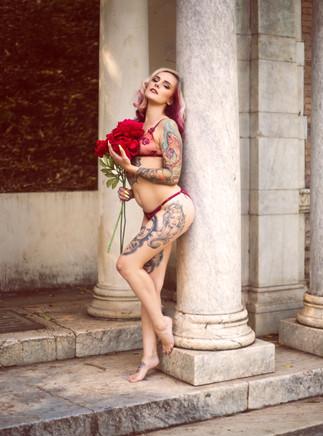 VirginiaSlim_LadyoftheLand_1.jpg