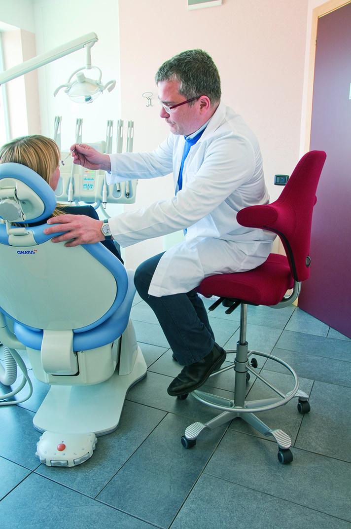 Hag_Capisco8106_Dentist2010_C